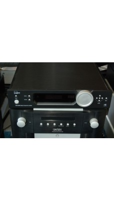 Lyngdorf TDAI 2200 Digital Integrated amp in black