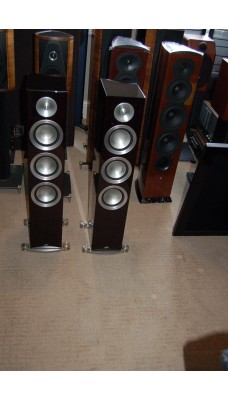 Paradigm Prestige 75F speakers in Midnight Cherry